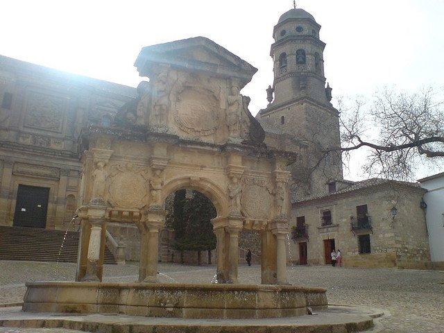 plaza baeza
