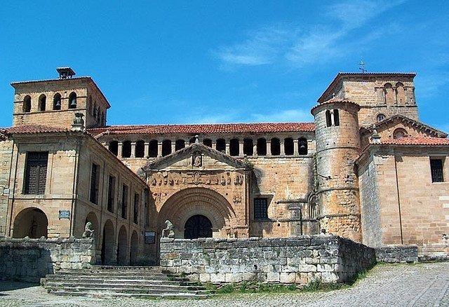 Santillana del Mar: la ciudad de las tres mentiras (Cantabria)