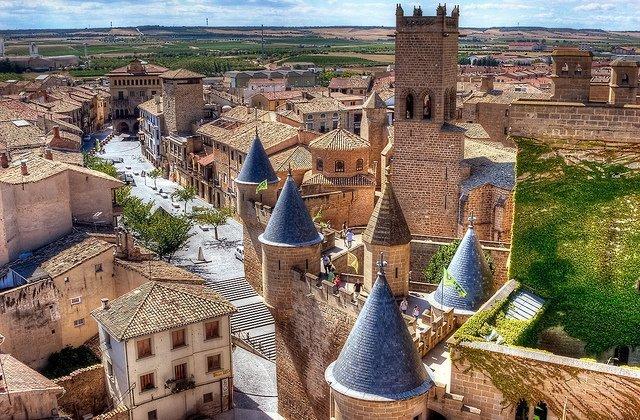 Olite, una joya de ciudad real presidida por su espectacular castillo