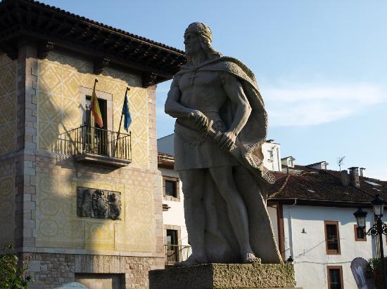 Cangas de Onís, la primera capital del reino asturiano 1