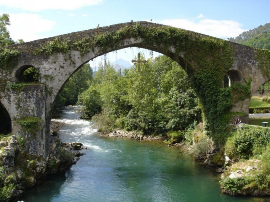 Cangas de Onís, la primera capital del reino asturiano