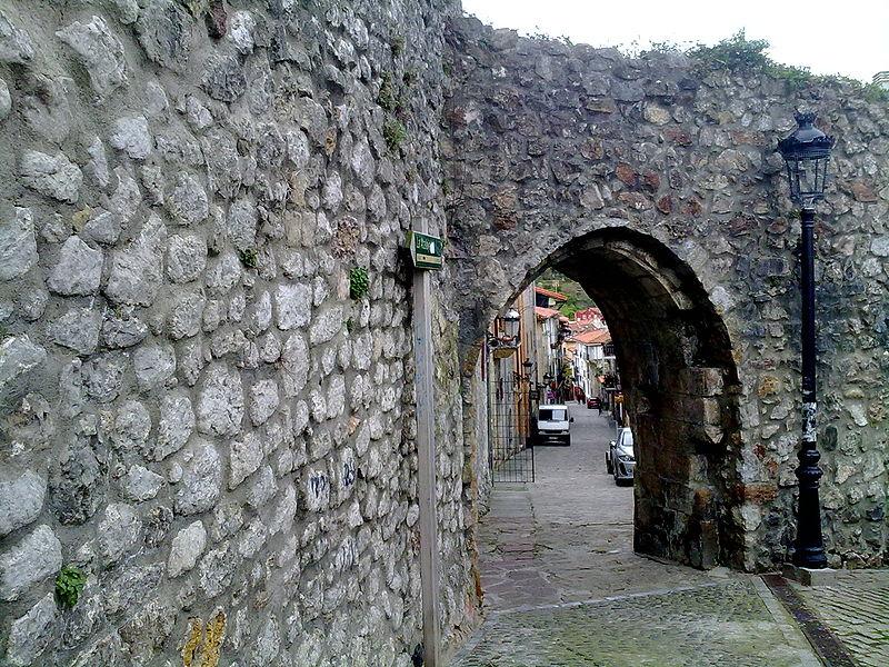 Laredo: la partida de Carlos V hacia su retiro de Yuste (Cantabria) 1