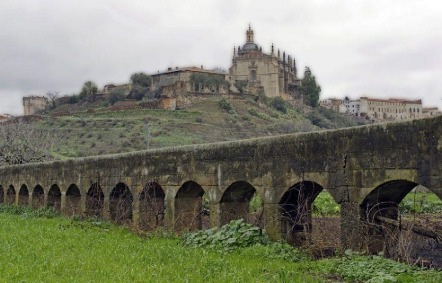 ¿Está el mantel de la Última Cena en Coria? (Cáceres) 1