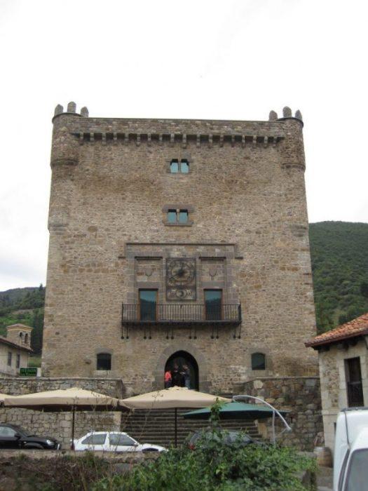 Potes: la villa de los puentes (Cantabria) 4