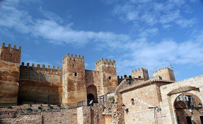 Baños de la Encina: un esplendoroso castillo califal (Jaén) 2