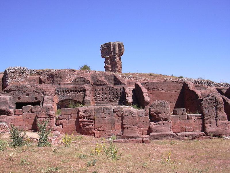 Restos de la ciudad celtíbera de Tiermes./tretx