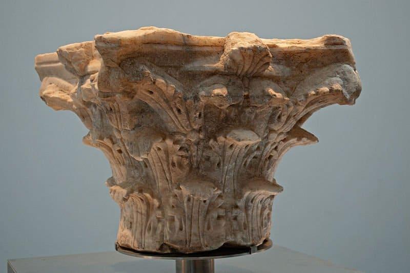Capitel romano perteneciente al patrimonio de Baelo Claudia./Anual