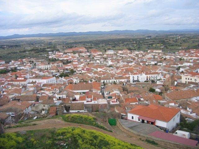 Vista general de la ciudad extremeña de Alburquerque.