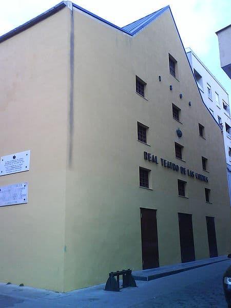 fachada del teatro de las cortes de 1812 en san fernando