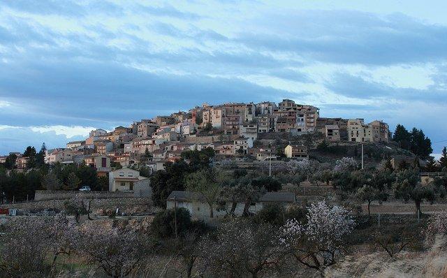 vista general de la ciudad de horta de sant joan