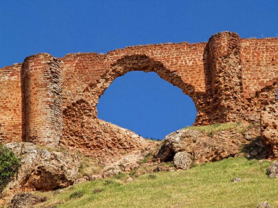 Ruinas del castillo de la estrella en montiel
