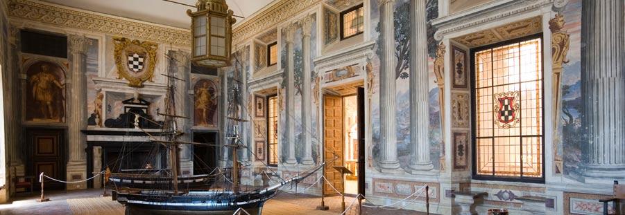 Vista por dentro del palacio de álvaro de bazán