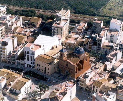 La población de Benicàssim, vista desde arriba.