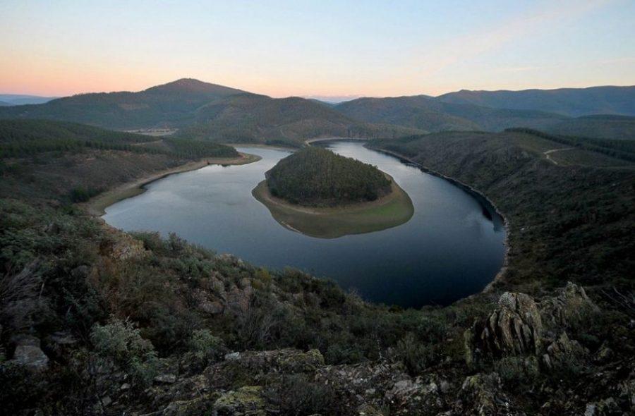 Las Hurdes: la que fue tierra maldita invita a un paseo con historia