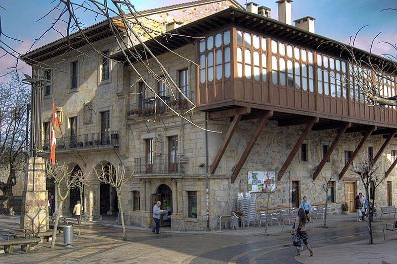 elorrio_consistorio_lugares_historia
