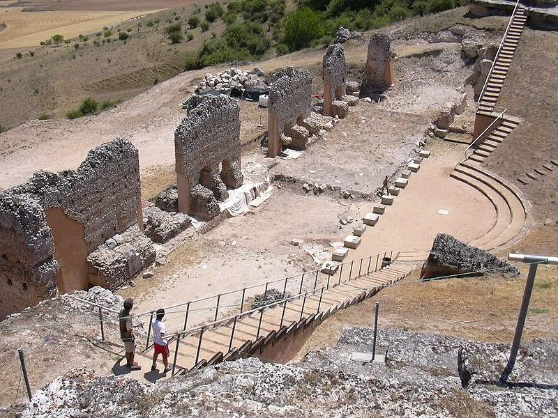 clunia_teatro_lugares_historia