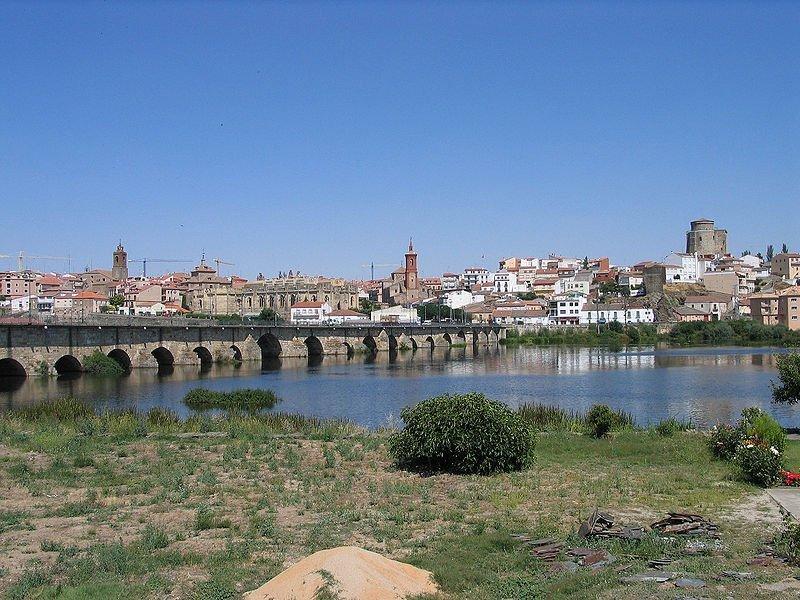 Alba de Tormes: cantada por poetas y guerreros (Salamanca)