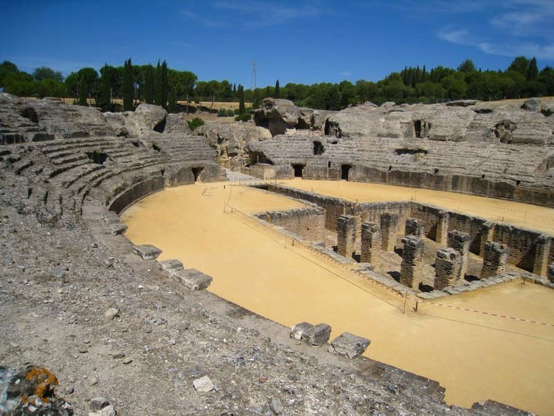 italica_anfiteatro_lugares_historia