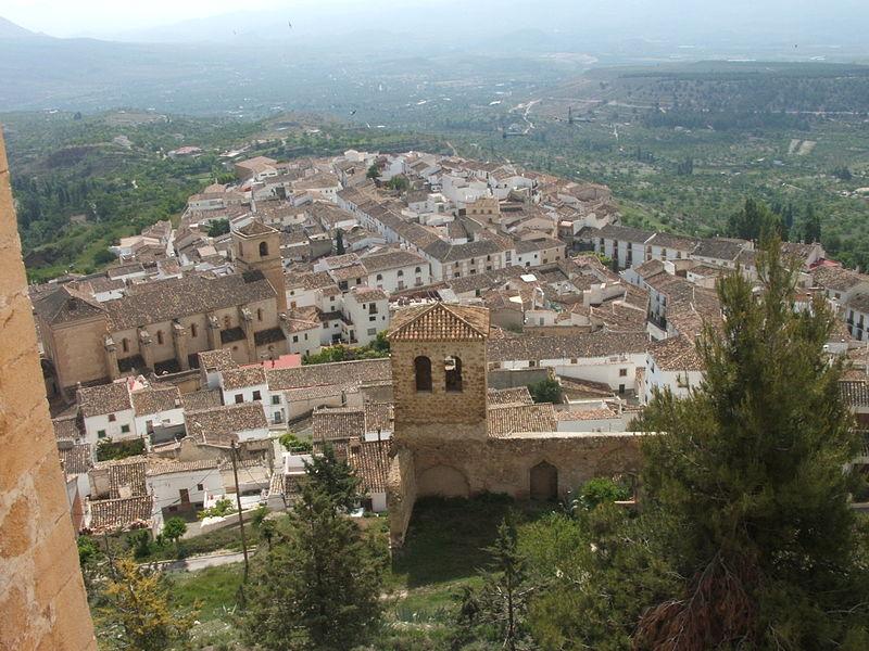 Vélez Blanco Luispihormiguero - Vélez Blanco y la historia del expolio del patio de su castillo (Almería)
