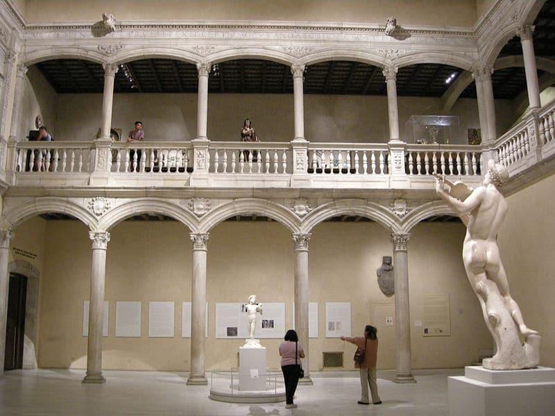 patio renacentista velez metropolitano sailko  - Vélez Blanco y la historia del expolio del patio de su castillo (Almería)