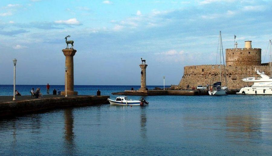 puerto_rodas_lugares_historia