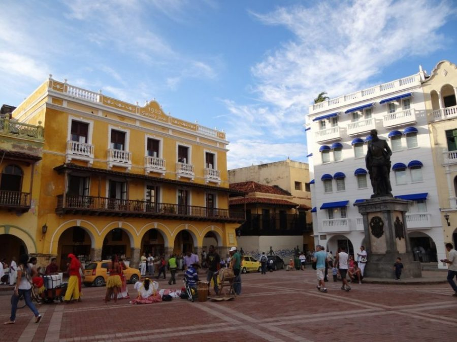plaza_cartagena_colombia