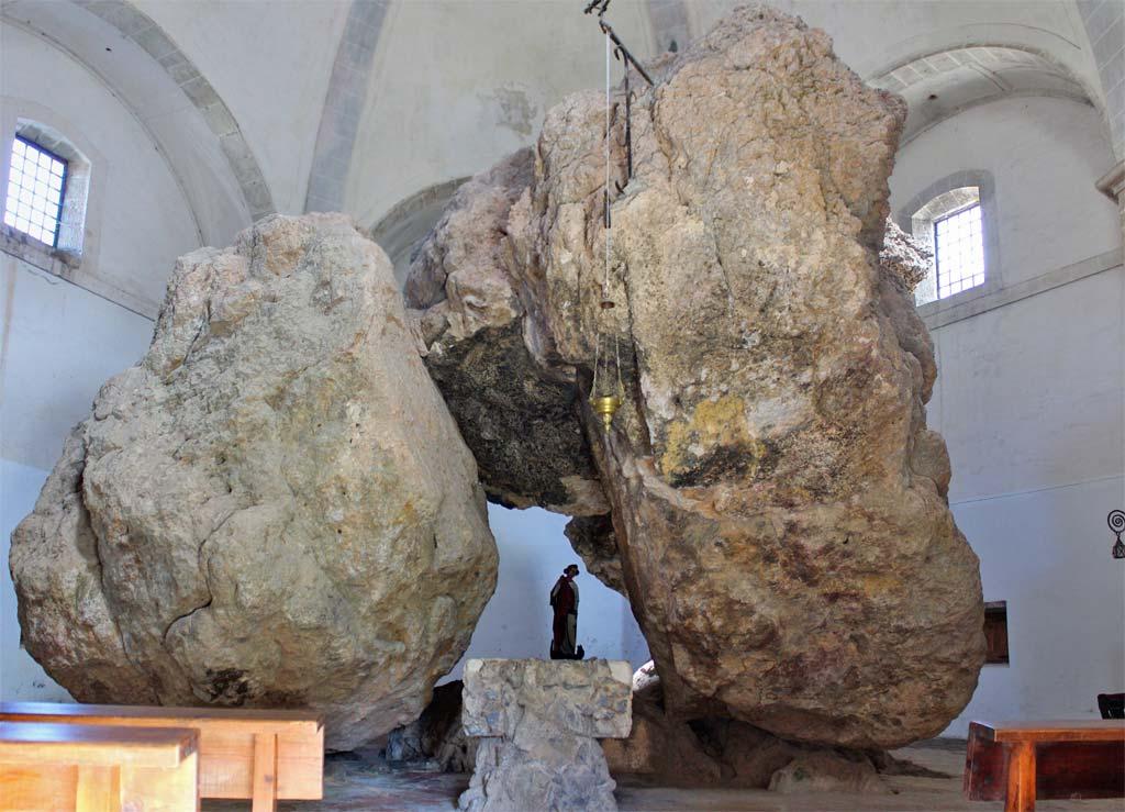 San Miguel de Arrechinaga, ¿un lugar de culto megalítico?