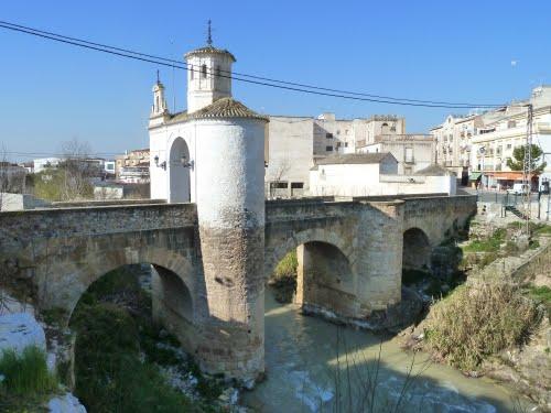 Pinos Puente, con un paso lleno de historia y el Desastre de la Vega