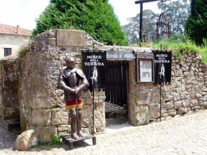 Un museo que exhibe la tortura que practicaba la Inquisición (Cantabria)