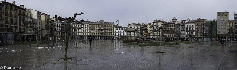 plaza_castillo_pamplona_lugares_historia