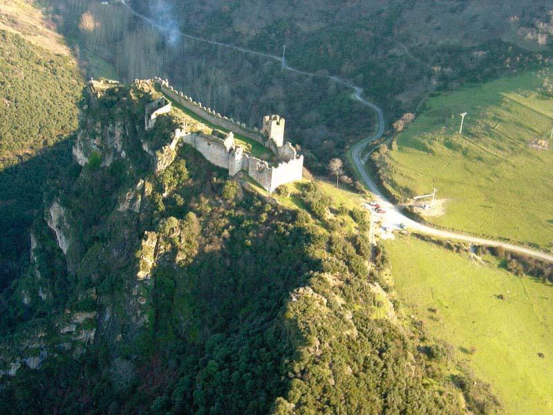 castillo_cornatel