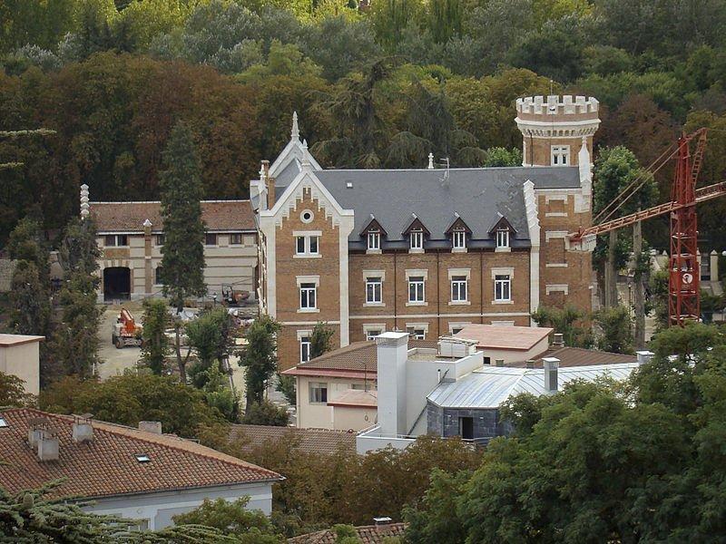 isla_palacio_burgos