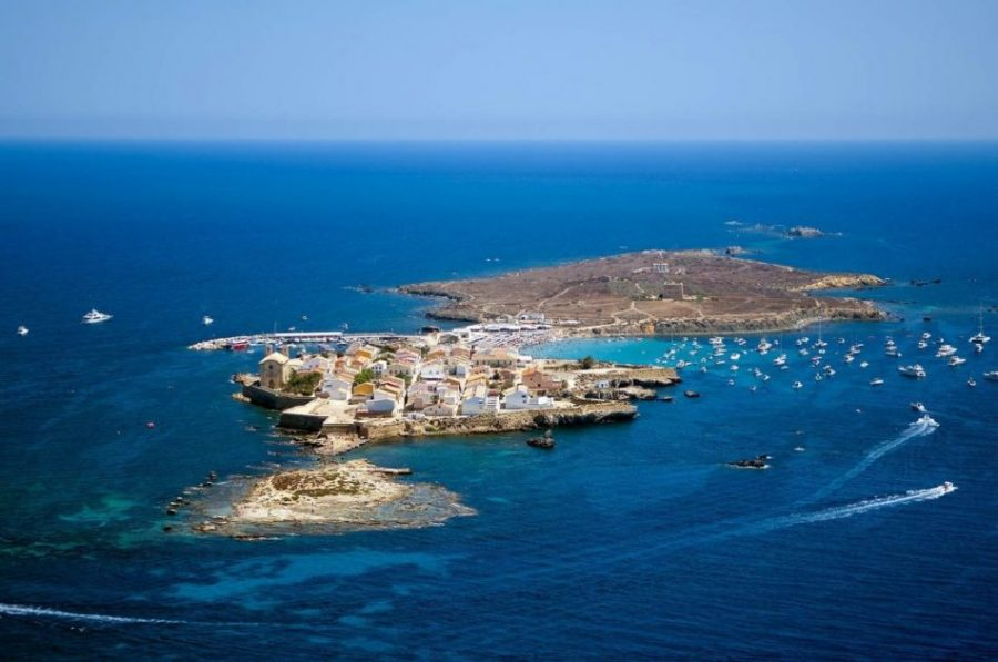 Tabarca: la isla que los piratas tomaban como base (Alicante)