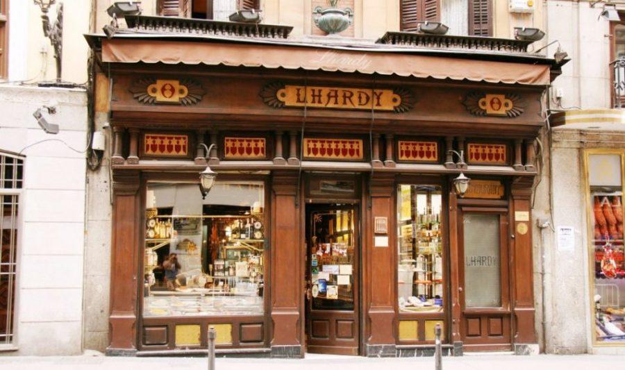 Buena parte de la historia de España ha transcurrido en los salones de Casa Lhardy