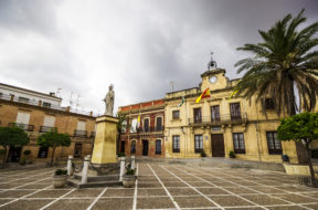 plaza_bornos