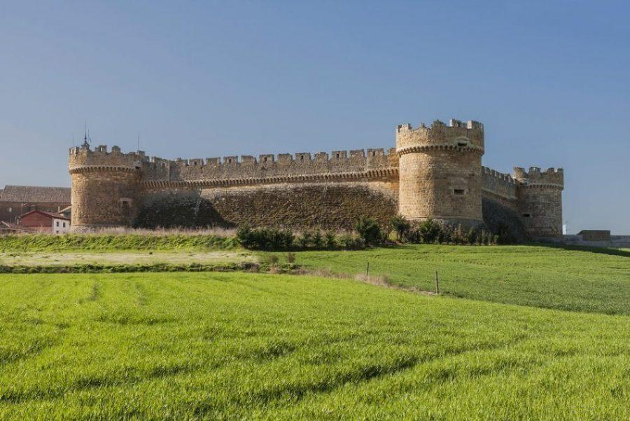 Castillo de Grajal de Campos: la primera fortaleza artillera de España 2