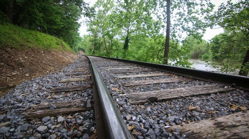 La vía Negrín de ferrocarril que se construyó en tres meses