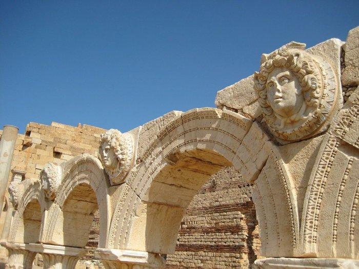 Foro Leptis Magna SashaCoachman compressor e1504003890911 - Leptis Magna: Roma en África