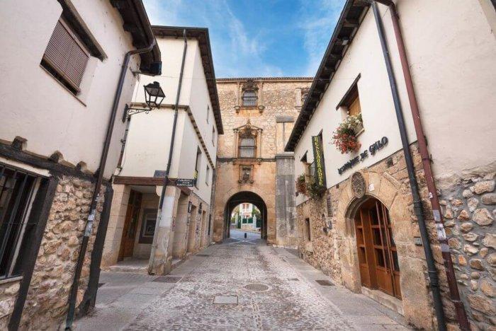 covarrubias e1503585000937 - La ruta del Cid: un viaje por la Edad Media