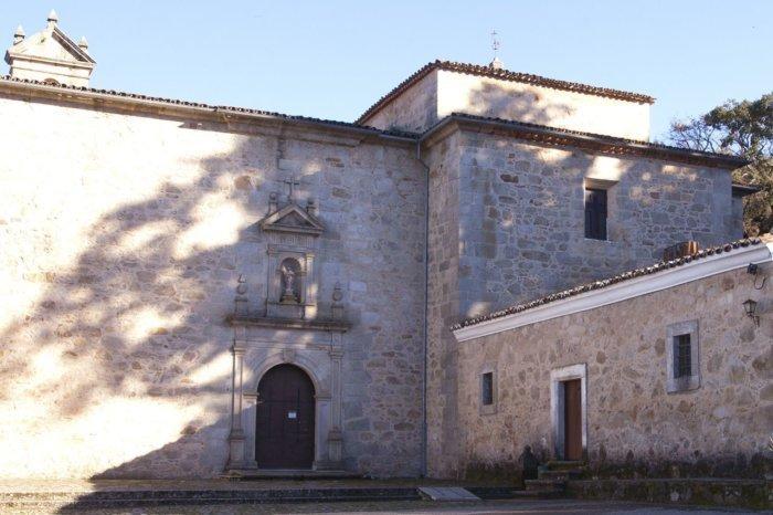 monasterio turismoextremadura compressor e1504167212334 - El monasterio más pequeño del mundo