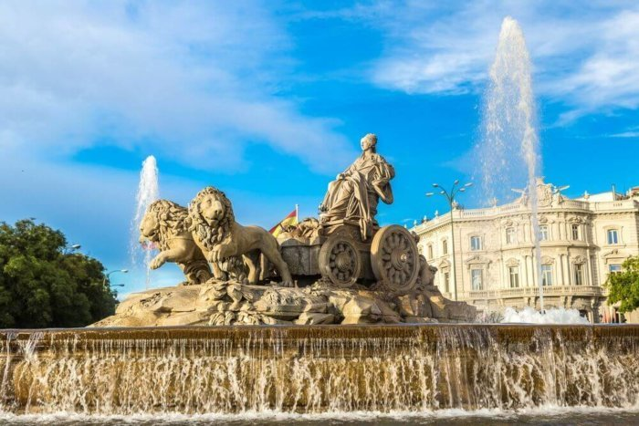 cibeles_plaza_madrid