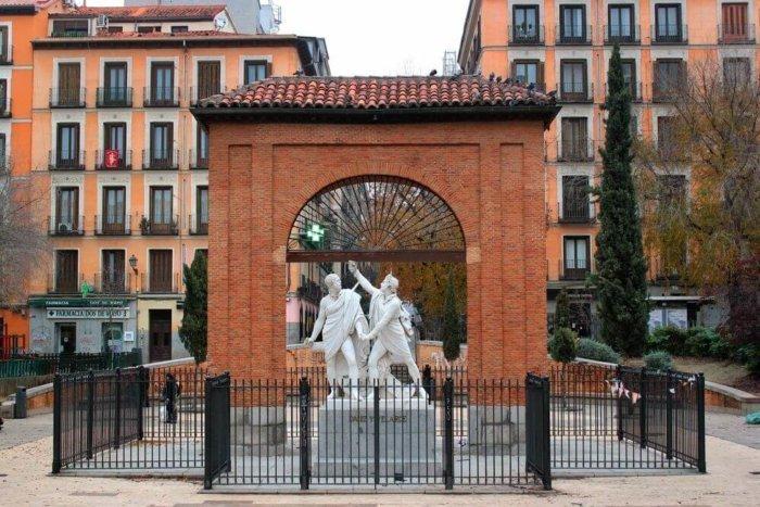 plaza_mayo_daoiz_madrid