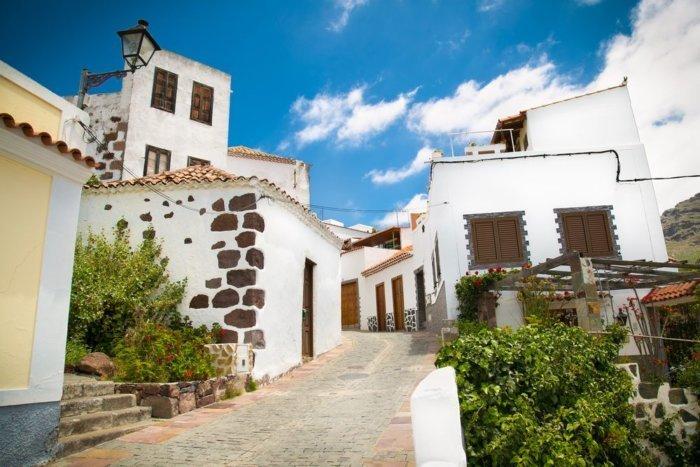 shutterstock 430239997 compressor e1509173284946 - La Fortaleza: la montaña sagrada de Canarias