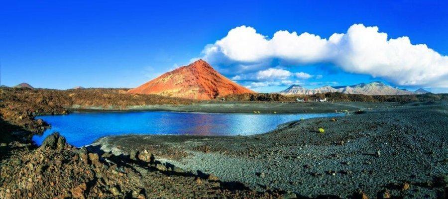 Lanzarote: un volcán en estado puro