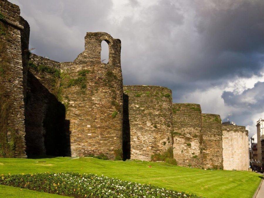 Lugo y sus murallas romanas
