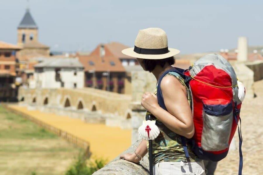 El camino de Santiago en época de verano: historias de un viajero